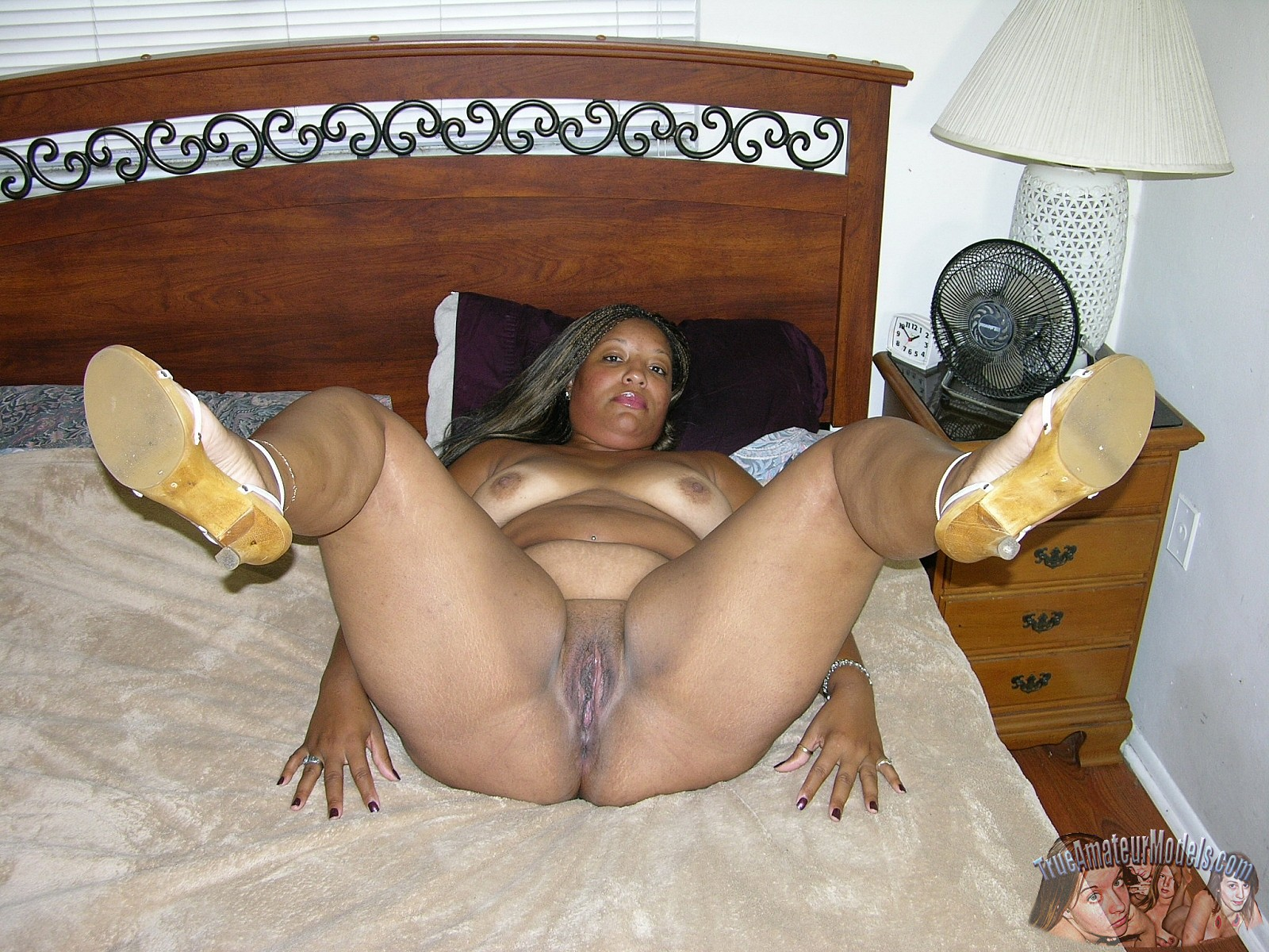 Black Fat Naked Old Woman