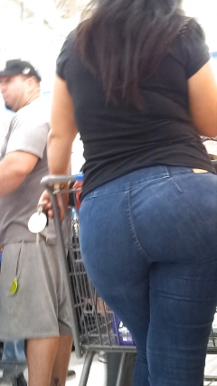Thick Black Ass In Jeans
